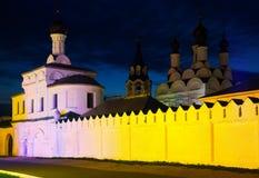 Νύχτα που πυροβολείται του ρωσικού μοναστηριού Στοκ Εικόνα