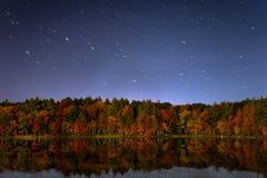 νύχτα πτώσης χρωμάτων Στοκ φωτογραφία με δικαίωμα ελεύθερης χρήσης