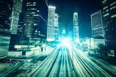 Νύχτα πόλεων κυκλοφορίας στο Χογκ Κογκ Στοκ εικόνα με δικαίωμα ελεύθερης χρήσης