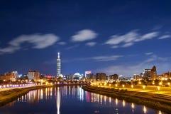 Νύχτα πόλεων της Ταϊβάν Ταϊπέι Στοκ Εικόνα