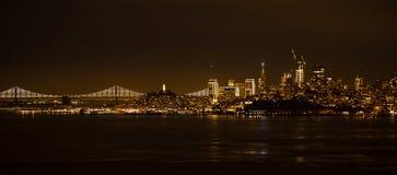 νύχτα Σαν Φρανσίσκο στοκ εικόνα