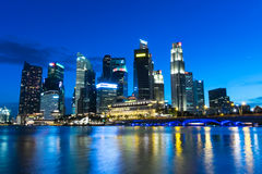 νύχτα Σινγκαπούρη εικονι&ka Στοκ εικόνα με δικαίωμα ελεύθερης χρήσης