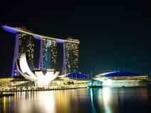 νύχτα Σινγκαπούρη πόλεων Στοκ Εικόνες