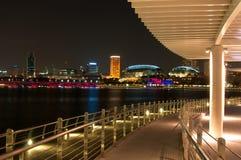 νύχτα Σινγκαπούρη Στοκ φωτογραφία με δικαίωμα ελεύθερης χρήσης