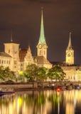 Νύχτα στη Ζυρίχη, Ελβετία Στοκ Φωτογραφία
