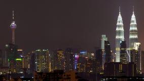 Νύχτα στη Κουάλα Λουμπούρ, Μαλαισία Στοκ εικόνα με δικαίωμα ελεύθερης χρήσης