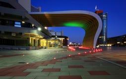 Νύχτα στο εμπορικό κέντρο Στοκ εικόνα με δικαίωμα ελεύθερης χρήσης