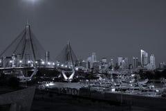 νύχτα Σύδνεϋ πόλεων της Αυσ Στοκ εικόνες με δικαίωμα ελεύθερης χρήσης