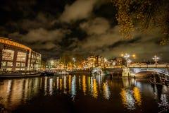 νύχτα του Άμστερνταμ στοκ φωτογραφία