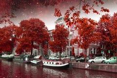 Νύχτα φθινοπώρου του Άμστερνταμ Στοιχεία αυτής της εικόνας που εφοδιάζεται από τη NASA Στοκ Εικόνα