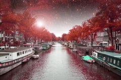 Νύχτα φθινοπώρου του Άμστερνταμ Στοκ Εικόνα