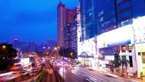 Νύχτα Timelapse Χονγκ Κονγκ. Κόλπος υπερυψωμένων μονοπατιών. Κλίση κάτω από τον πυροβολισμό. φιλμ μικρού μήκους