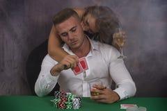 Νύχτες πόκερ αγάπης Στοκ φωτογραφία με δικαίωμα ελεύθερης χρήσης