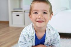 Ξένοιαστο παιδί Στοκ Φωτογραφίες