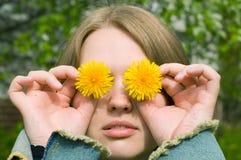 ξανθές νεολαίες γυναικών πορτρέτου Στοκ Εικόνα