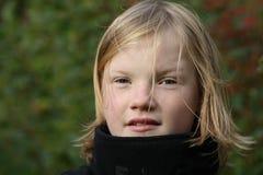 ξανθές νεολαίες κοριτσ&io Στοκ Φωτογραφία