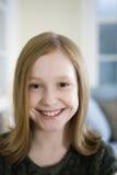 ξανθές νεολαίες πορτρέτου κοριτσιών Στοκ φωτογραφία με δικαίωμα ελεύθερης χρήσης