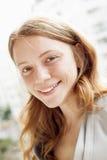 ξανθές νεολαίες γυναικών πορτρέτου Στοκ εικόνες με δικαίωμα ελεύθερης χρήσης