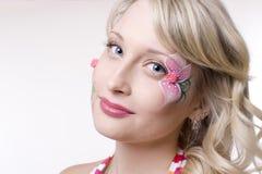 ξανθή όμορφη γυναίκα Στοκ εικόνα με δικαίωμα ελεύθερης χρήσης