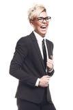 Ξανθή όμορφη επιχειρησιακή κυρία στο μαύρο κοστούμι Στοκ φωτογραφία με δικαίωμα ελεύθερης χρήσης