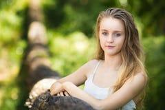 ξανθός έφηβος κοριτσιών Στοκ Φωτογραφίες
