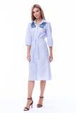 Ξανθός γυναικών ένδυσης κατάλογος το όμορφο s συλλογής φορεμάτων βαμβακιού περιστασιακός Στοκ φωτογραφία με δικαίωμα ελεύθερης χρήσης