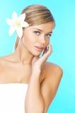 ξανθός μαλλιαρός ομορφιά&sig Στοκ φωτογραφία με δικαίωμα ελεύθερης χρήσης