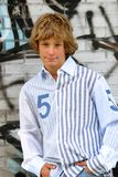 ξανθό αγόρι όμορφο Στοκ Φωτογραφίες