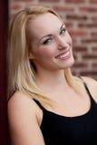 ξανθό όμορφο χαμόγελο Στοκ εικόνες με δικαίωμα ελεύθερης χρήσης