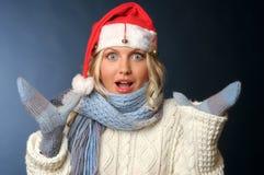 ξανθό santa καπέλων κοριτσιών Στοκ Εικόνες