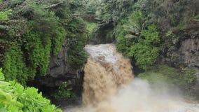 Ξαφνική πλημμύρα στην ιερή λίμνη επτά απόθεμα βίντεο
