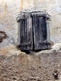 Ξεπερασμένα παραθυρόφυλλα Στοκ εικόνα με δικαίωμα ελεύθερης χρήσης