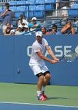 Πρακτικές του Andy Roddick πρωτοπόρων του Grand Slam για τις ΗΠΑ ανοικτές στο εθνικό κέντρο αντισφαίρισης βασιλιάδων της Billie Je Στοκ εικόνες με δικαίωμα ελεύθερης χρήσης