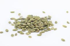 Ξεφλουδισμένοι ψημένοι πράσινοι σπόροι κολοκύθας στοκ φωτογραφίες
