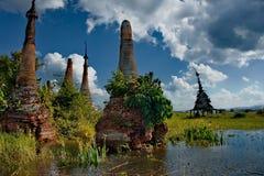 Ξεχασμένες χρονικές αρχαίες καταστροφές των βουδιστικών ναών Στοκ Εικόνες
