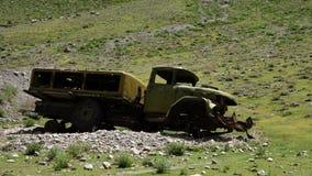 Ξεχασμένο πολεμικό όχημα απόθεμα βίντεο