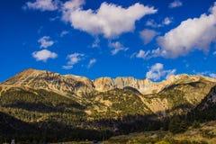 Ξημερώματα στο πάρκο Yosemite στοκ φωτογραφία με δικαίωμα ελεύθερης χρήσης