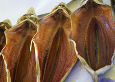 Ξηρά αλατισμένη πέστροφα σε μια αγορά ψαριών Στοκ φωτογραφία με δικαίωμα ελεύθερης χρήσης