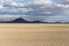 Ξηρά λίμνη σόδας κονσερβών Mojave εθνική στοκ εικόνες