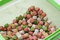 ξηρά τρόφιμα σκυλιών Στοκ Εικόνες