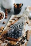 Ξηρά lavender ανθοδέσμη στον πίνακα Στοκ φωτογραφία με δικαίωμα ελεύθερης χρήσης