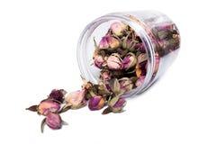 Ξηρές ανθίσεις λουλουδιών για το τσάι στο πλαστικό βάζο Στοκ φωτογραφία με δικαίωμα ελεύθερης χρήσης