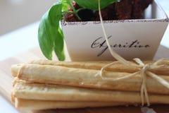 ξηρές ντομάτες, grissini, ιταλικά τρόφιμα, ιταλικά πρόχειρα φαγητά, Στοκ Εικόνα