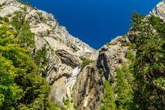 Ξηρές χαμηλότερες πτώσεις Yosemite Στοκ φωτογραφίες με δικαίωμα ελεύθερης χρήσης