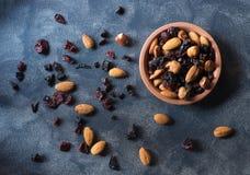 Ξηρός - φρούτα και τοπ άποψη καρυδιών στοκ φωτογραφία με δικαίωμα ελεύθερης χρήσης