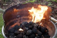 Ξυλάνθρακας σχαρών Στοκ φωτογραφία με δικαίωμα ελεύθερης χρήσης