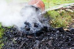 Ξυλάνθρακας Dousing Στοκ Εικόνα