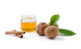 Ξύλα καρυδιάς και μέλι στοκ φωτογραφίες