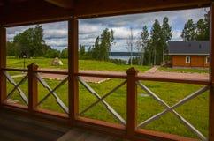 Ξύλινα εξοχικά σπίτια σπιτιών στα ξύλα Στοκ Εικόνα