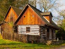 Ξύλινα σπίτια του λαϊκού μουσείου Vesely Kopec Τσεχική αγροτική αρχιτεκτονική Vysocina, Δημοκρατία της Τσεχίας Στοκ εικόνες με δικαίωμα ελεύθερης χρήσης